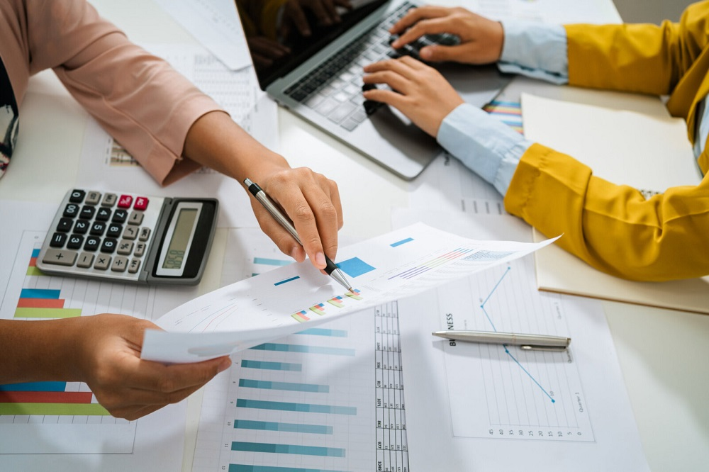 How Birmingham Accountants And Birmingham Tax Accountants Help Your Business To Thrive? - Pre Star Financial